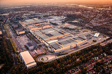 The Mercedes-Benz plant in Sebaldsbrück: car production on 1.5 million square metres
