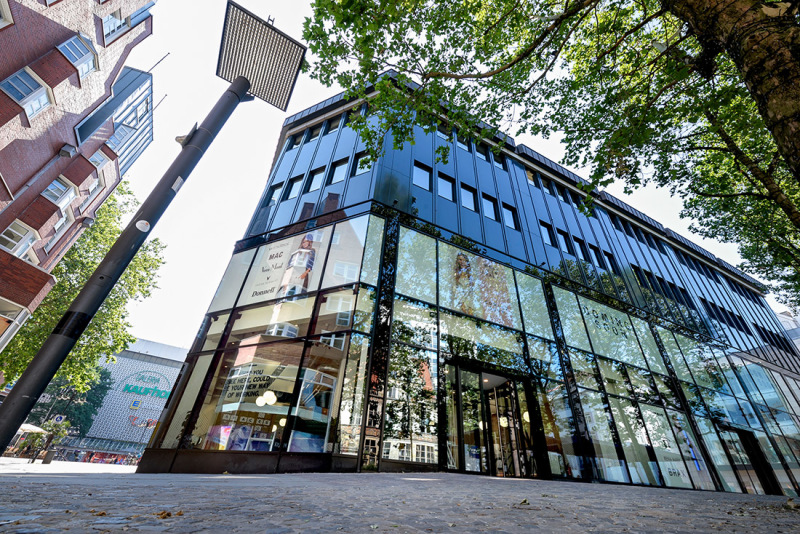 Directly on the shopping mile in Bremen's city centre: Spaces offers attractive locations.