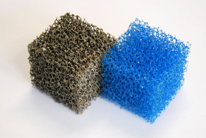 Before and after: the metal foam is manufactured using PU foam