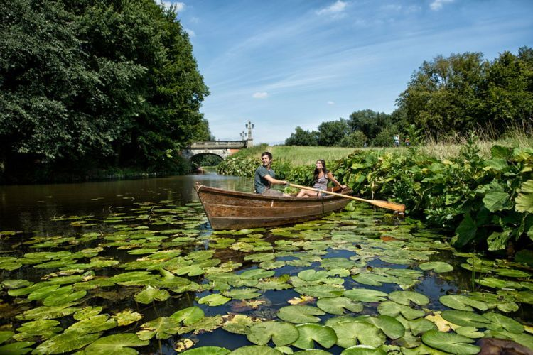 As well as relaxing, you can enjoy many activities in Bremen's Bürgerpark