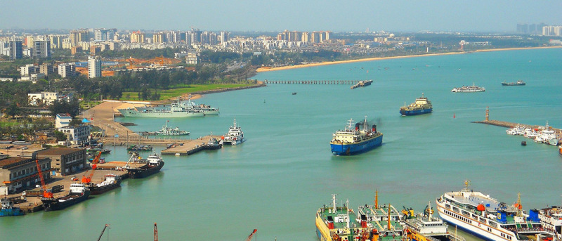 Industry among palm trees: Hainan is developing rapidly, both in the tourism sector and in logistics and industry